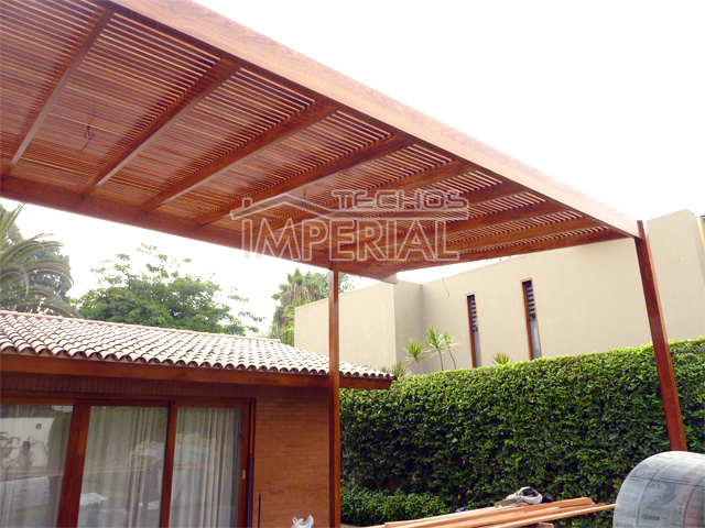 Casetas de madera para terraza beautiful elegante espejos for Caseta madera terraza